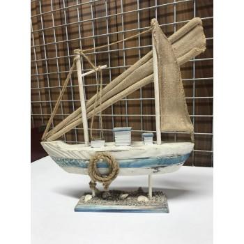 Barca in legno di balsa